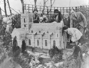 bekonscot model village - minster church in 1932